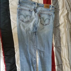 Lewis jeans, im 5.2, perfect in shoes